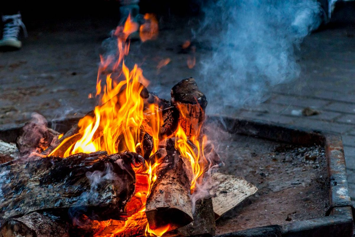 How to use outdoor fire pit