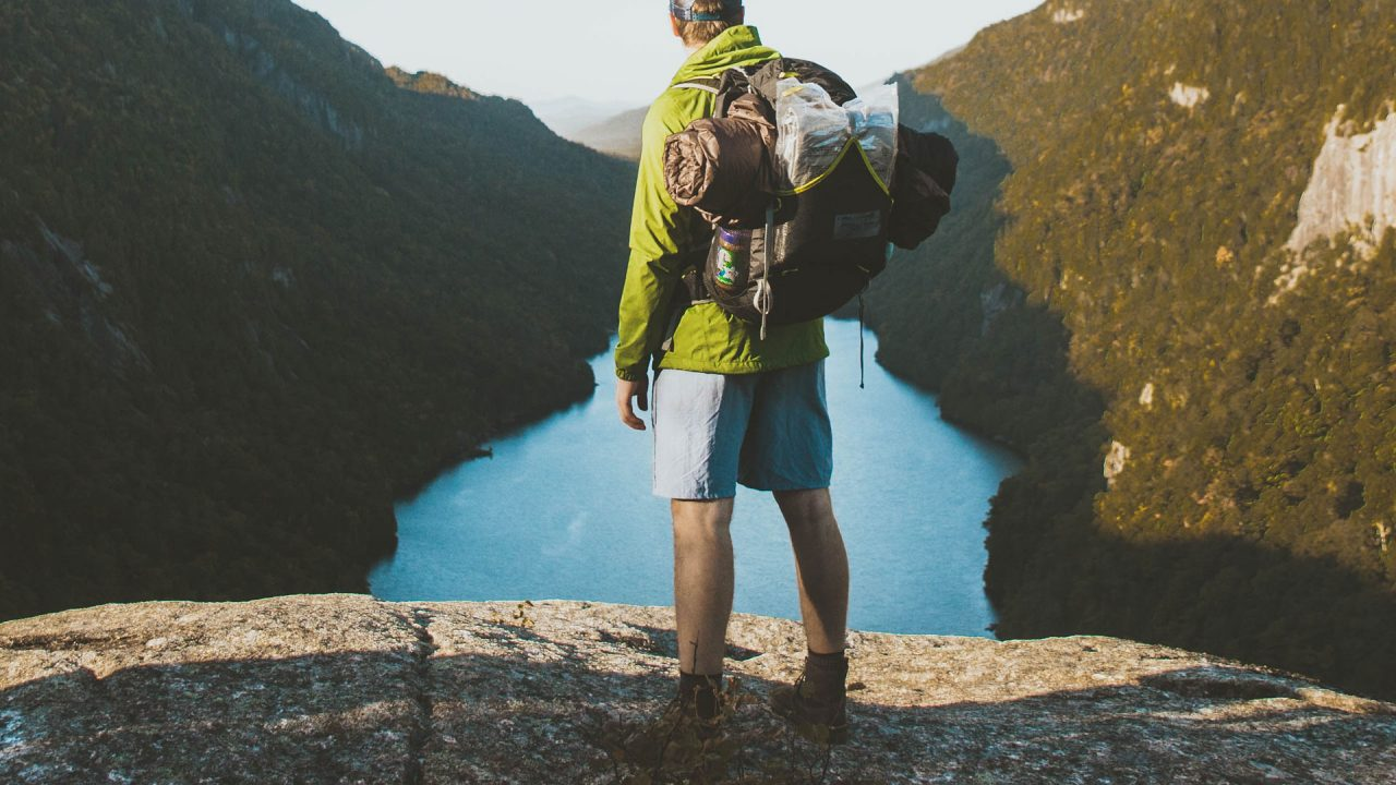 http://newstar.bold-themes.com/travel/wp-content/uploads/sites/12/2017/03/backpack-1280x720.jpg