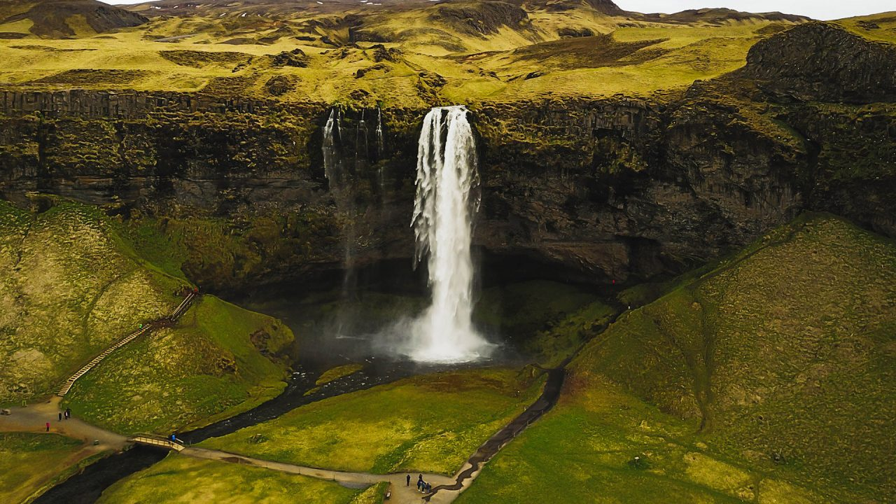 http://newstar.bold-themes.com/travel/wp-content/uploads/sites/12/2018/03/iceland-1280x720.jpg