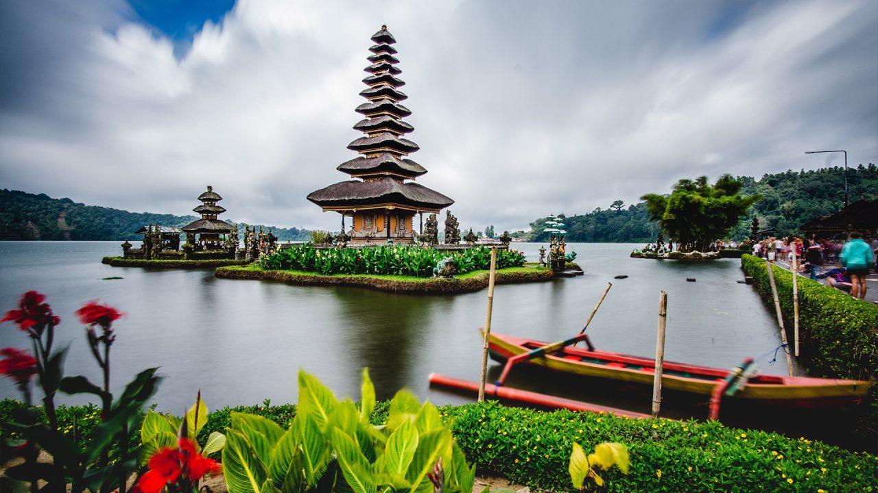 https://newstar.bold-themes.com/travel/wp-content/uploads/sites/12/2018/03/indonesia-1280x720.jpg
